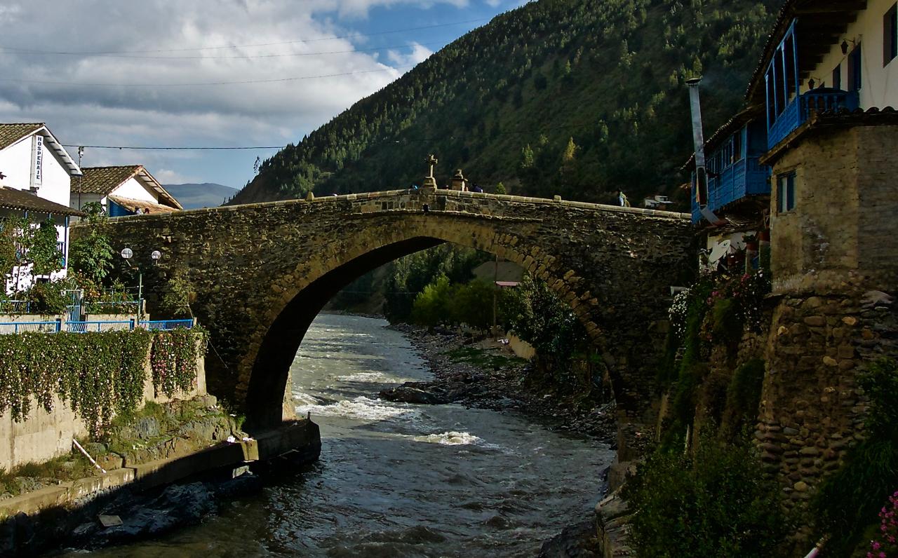 Puente Carlos III Paucartambo